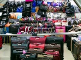 Большой выбор сумок и кошельков на Хоргосе, бутик №1102